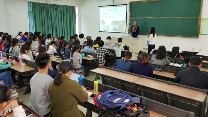 Clases en Hainan.png